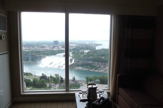 Hilton Niagara Falls/Fallsview Hotel & Suites: View from 4257