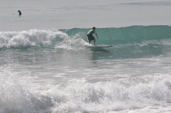 Viejamar Hostel: Surf ;  left