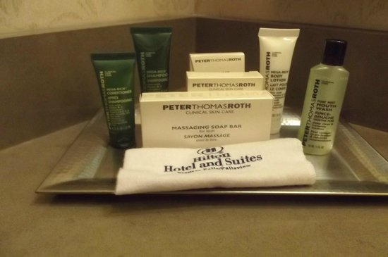 Hilton Niagara Falls/Fallsview Hotel & Suites: Bath products