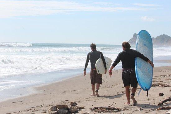 Hostel Viejamar Surf: Camino a la ola