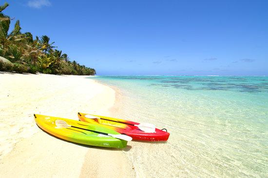 Sands Villas : the quiet and amazing beach.