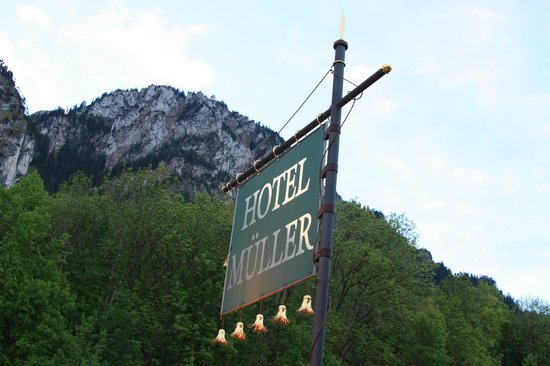 Hotel Mueller: View of the hotel sign from out patio