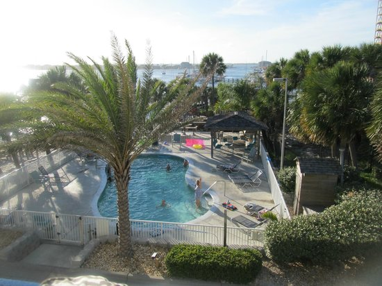 Travelodge Pensacola Beach: Lovely view from 4th floor