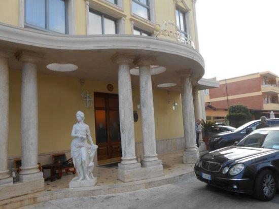 Seccy Hotel