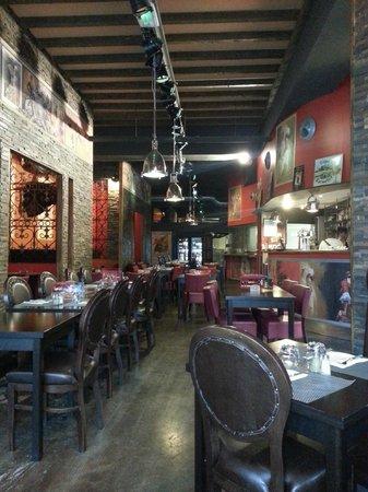 Le Tapas : Famous Tapas Restaurant & Bar