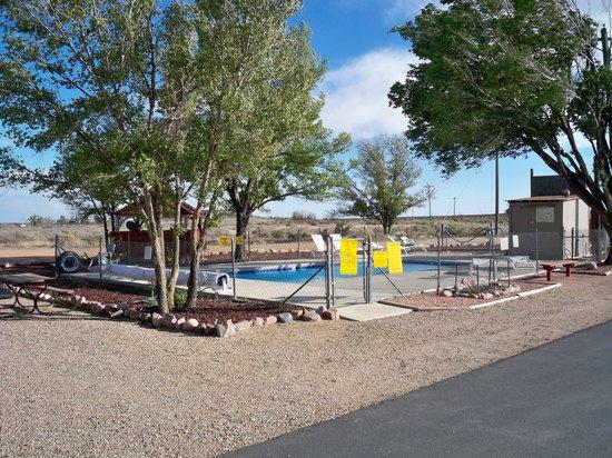 Pueblo KOA: Pool area