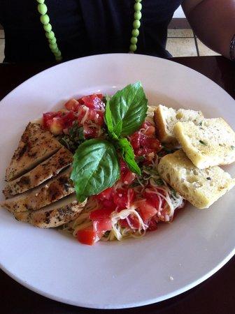 Kauai Pasta Lihue : Pomodorro was DELISH!!! Really great flavor, very fresh!