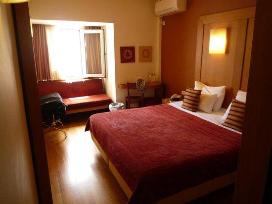 Hermes Hotel: Bed