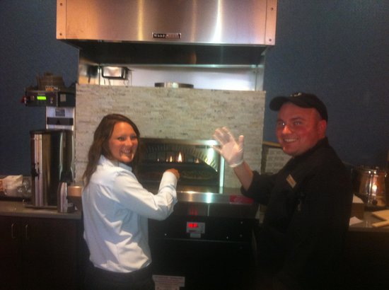 Embassy Suites by Hilton Knoxville West: Pizza Bar