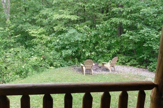 Buckeye Cabins: Fire Ring in the Back yard