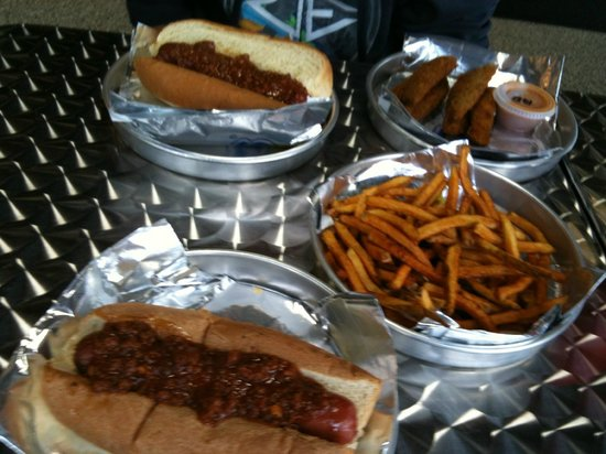 Oh my Dog Bbq: plain offerings
