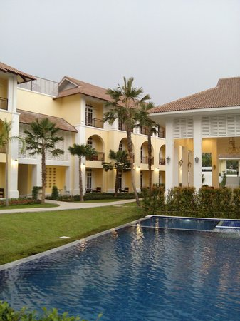 Kham Thana Hotel: Beautiful landscape