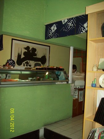 Bistro Tokio: sushiman's station