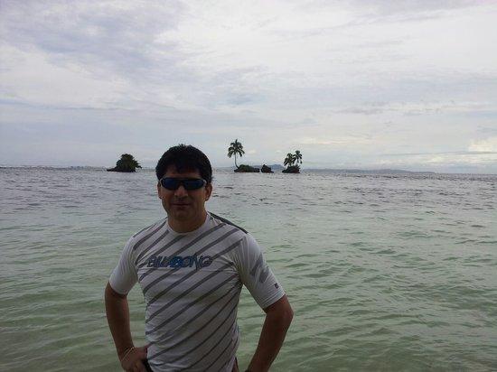 Bastimentos National Park: Desde la Isla con otra pequeña a mis espaldas...