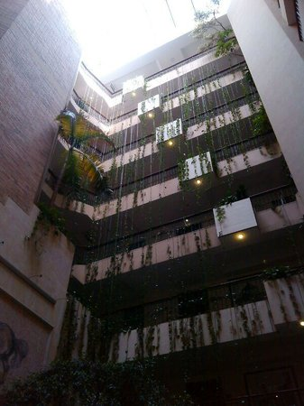 Embassy Suites by Hilton Bogota-Rosales: Lobby