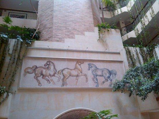 Embassy Suites by Hilton Bogota-Rosales: En el lobby