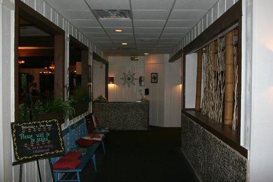 Tres Amigos Restaurant & Cantina: Restaurant Entrance
