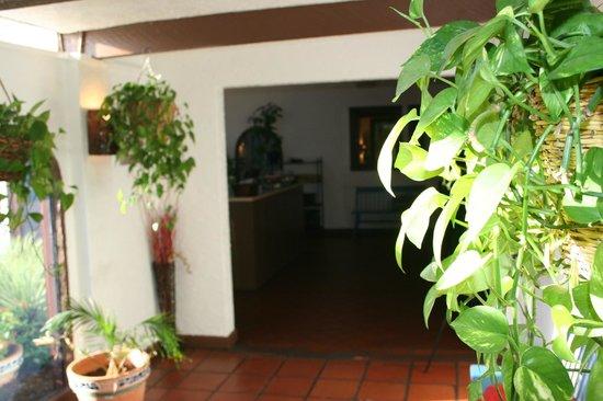 Tres Amigos Restaurant & Cantina: Entrance