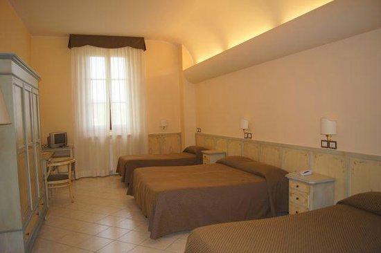 Villa Santa Margherita: more beds than we needed