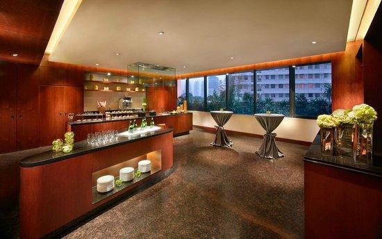 Mandarin Oriental, Jakarta : MO Kitchen  - Esquire