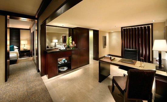 Mandarin Oriental, Jakarta: Urban Suite - Working Space
