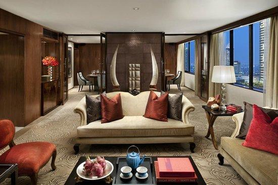 Mandarin Oriental Jakarta : Mandarin Suite Living Room