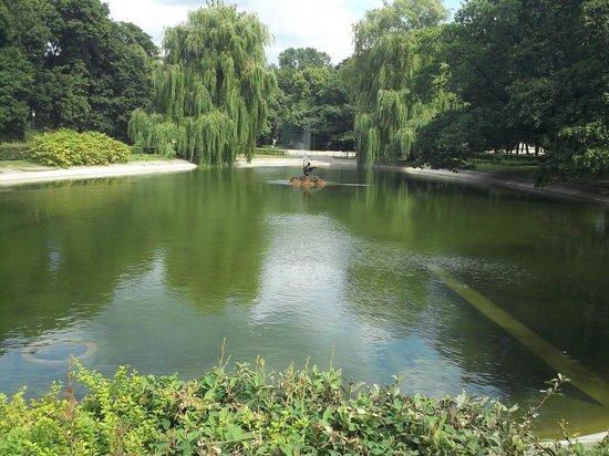 瓦津基公园