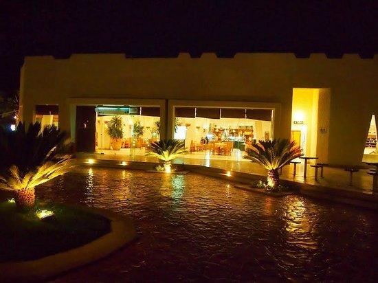 Hilton Sharm El Sheikh Fayrouz Resort: Lobby Complex from our room