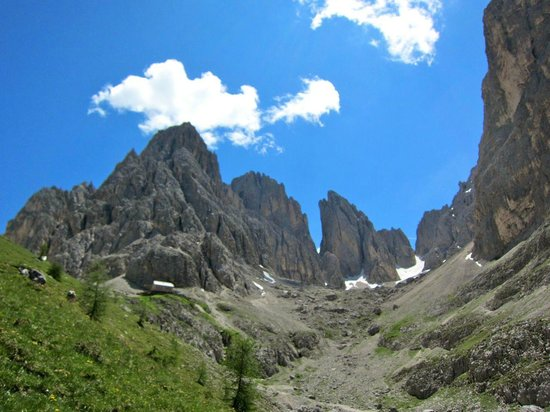 Right Path Adventures Dolomites Walking Day Tours: The majestic Dolomites