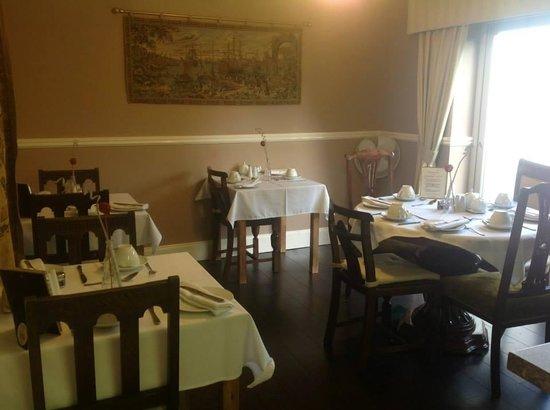 Arden House: dinning area