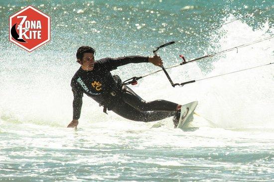 Zona Kite Mancora: Christophe the Boss and free rider