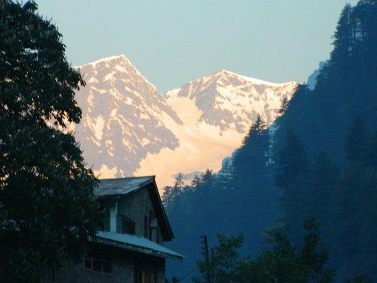 Shiva Blues Cottage: sunrise