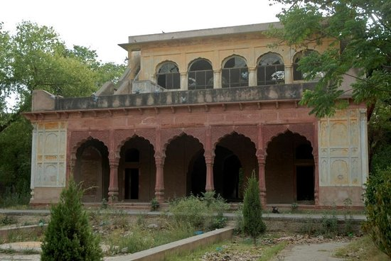 ‪أمريتسار, الهند: Old Building within Company Bagh‬
