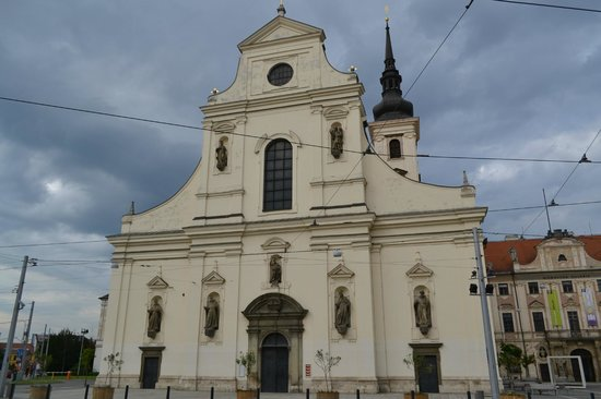 Abbey of St. Thomas : Facade