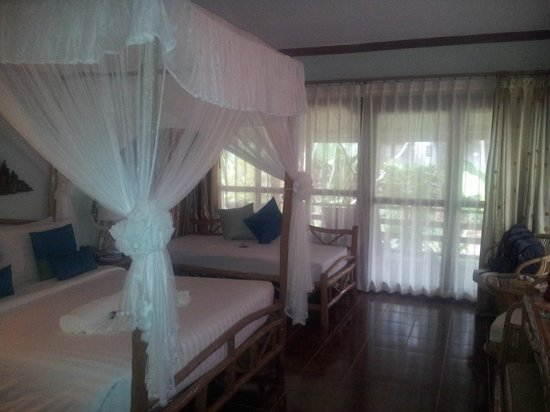 Chaweng Buri Resort: room