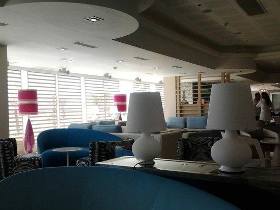 Herods Hotel Dead Sea: Lobby