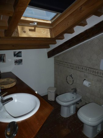 Sandra Bed and Breakfast: Bad/WC/Dusche