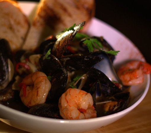 Cellar One: Mussel and Prawn Bowl