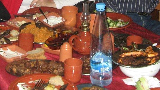 Ayia Anna tavern  -traditional food