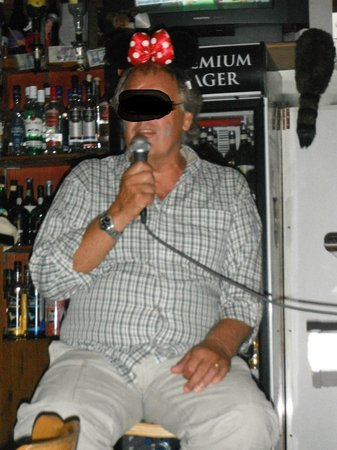 Wild West Bar and Restaurant: karaoke