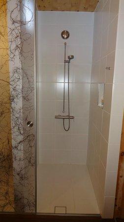 Hörger Biohotel Tafernwirtschaft: Dusche