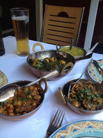 Cafe Bangla: Add a caption