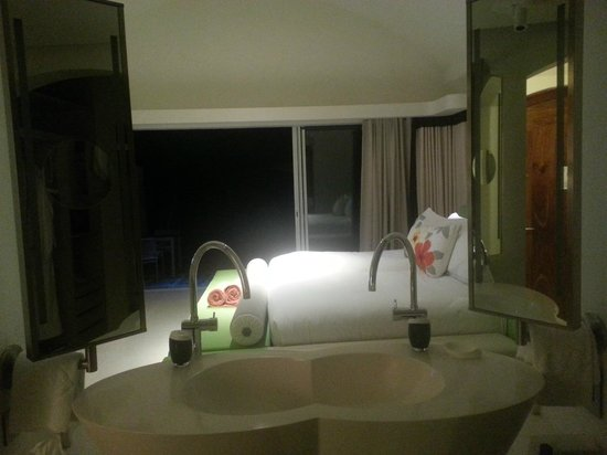 Sofitel So Mauritius: view from bathroom with blind separator
