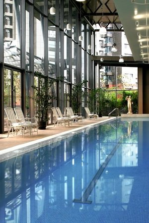 Fraser Suites Nanjing: Swimming Pool