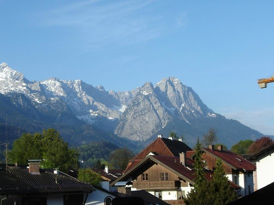 Hotel Garmischer Hof: the view from my hotel room