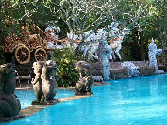 Hotel Kumala Pantai: Main Pool