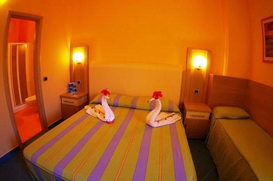 Hotel  Solemare: Camera tripla lux eolie