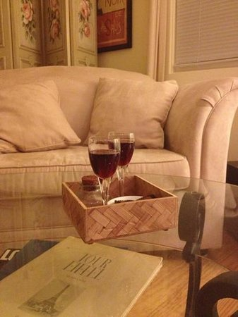 Arcady Vineyard Bed & Breakfast: Add a caption