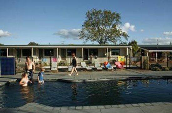 Rotorua Top 10 Holiday Park: Swimming Pool