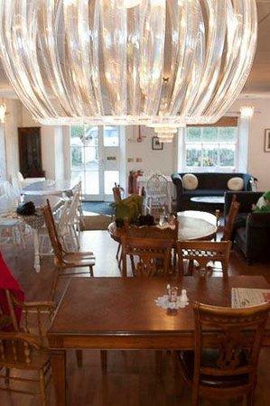 The Green Cat Bakery: Tea Room